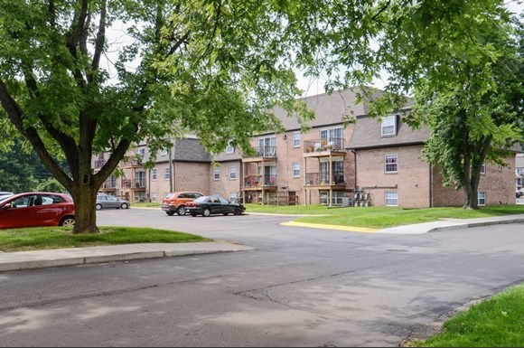 Pangea Groves Apartments 5018 Lemans Dr Indianapolis In
