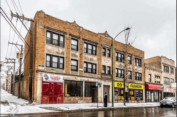 Pangea Chicago Lawn Apartments for rent | 6238 S Western Ave
