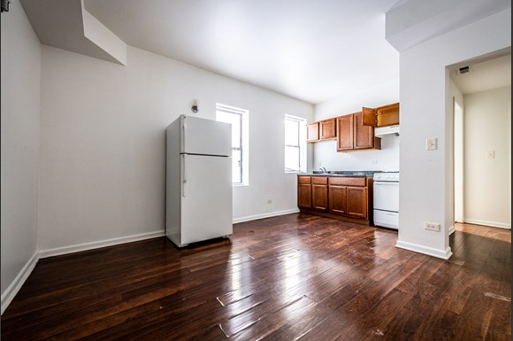 Washington Park Apartments for rent in Chicago | 801 E Drexel Sq