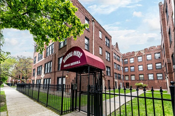 6901 S Merrill Apartments In Chicago Il Pangea Real