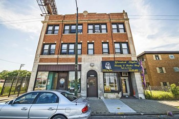 7929 S State St Studio-1 Bed Apartment for Rent Photo Gallery 1