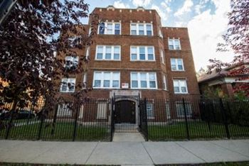 7701 S May 1-2 Beds Apartment for Rent Photo Gallery 1