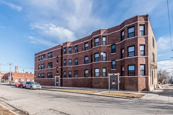 705 S Lawndale Ave 2-3 Beds Apartment for Rent Photo Gallery 1
