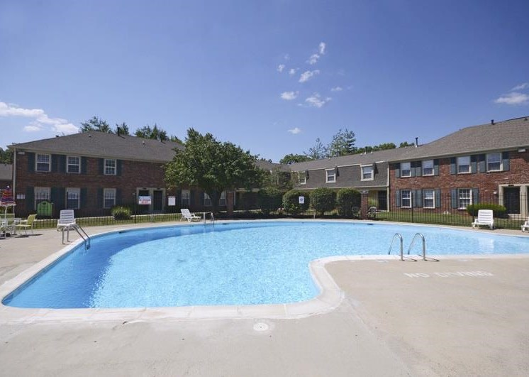 Pangea Riverside Apartments Indianapolis Pool