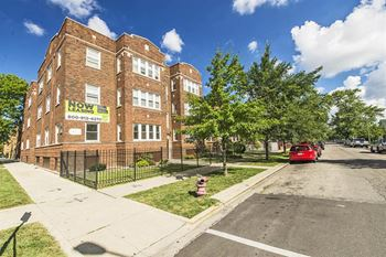 Garfield Ridge Chicago Il 6356 58 S Francisco 1 3 Beds Apartment For Rent