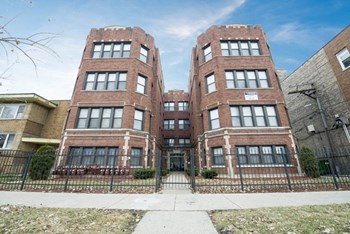 7914 S Hermitage Ave 1-2 Beds Apartment for Rent Photo Gallery 1