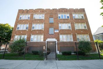 4301 W Potomac Ave Studio 2 Beds Apartment For Rent Photo Gallery 1