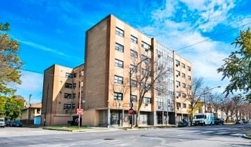 5870 W Lake St Apartments Chicago Exterior