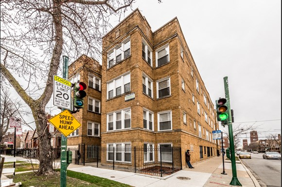 Humboldt Park Apartments in Chicago | 1357 N Homan Exterior
