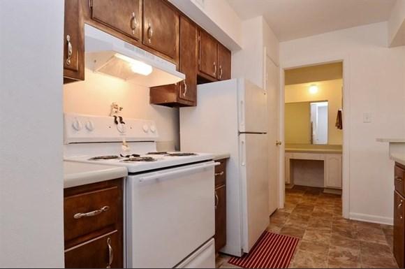 Pangea Meadows Apartments Indianapolis Kitchen