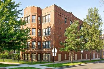 8259 S Elizabeth St 1-3 Beds Apartment for Rent Photo Gallery 1