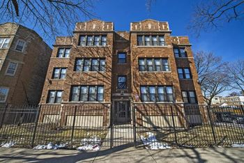 9400 S Laflin St 1-2 Beds Apartment for Rent Photo Gallery 1