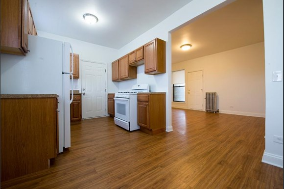 5130 S Martin Luther King Dr Apartments Chicago Kitchen