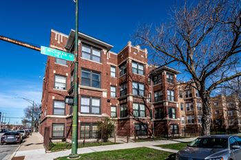 5854 S Michigan Ave 2-4 Beds Apartment for Rent Photo Gallery 1