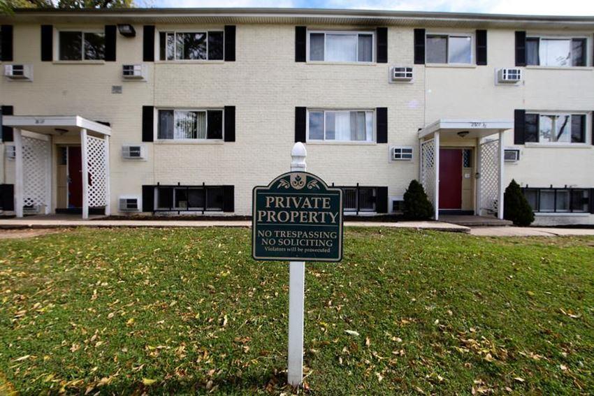 2601 Garrison Blvd Apartments Baltimore Exterior