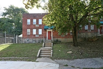 2601 Fairview Ave 2-3 Beds Apartment for Rent Photo Gallery 1