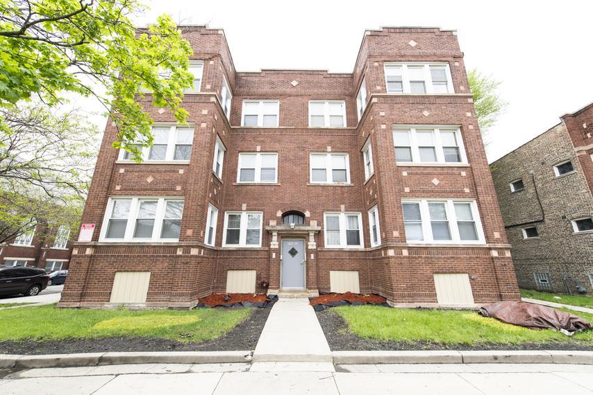 7956 S Aberdeen St Apartments Chicago Exterior