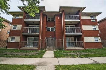 14119-21 S Tracy Ave 2 Beds Apartment for Rent Photo Gallery 1