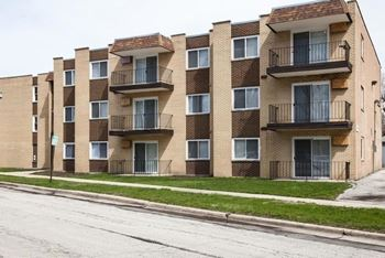 10 W 137th ST 1-2 Beds Apartment for Rent Photo Gallery 1