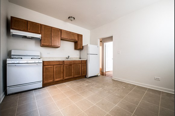 7748 S East End | Apartments in Chicago, IL | Pangea Real Estate