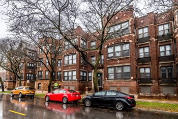 5046 S Champlain Ave 1-4 Beds Apartment for Rent Photo Gallery 1