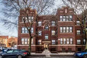 5019 S St Lawrence Ave 1-3 Beds Apartment for Rent Photo Gallery 1