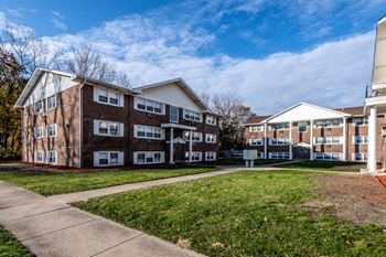 14538 S Cottage Grove Ave 1-2 Beds Apartment for Rent Photo Gallery 1