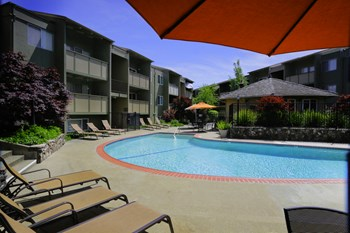 2511 Grove Way 2 Beds Apartment for Rent Photo Gallery 1