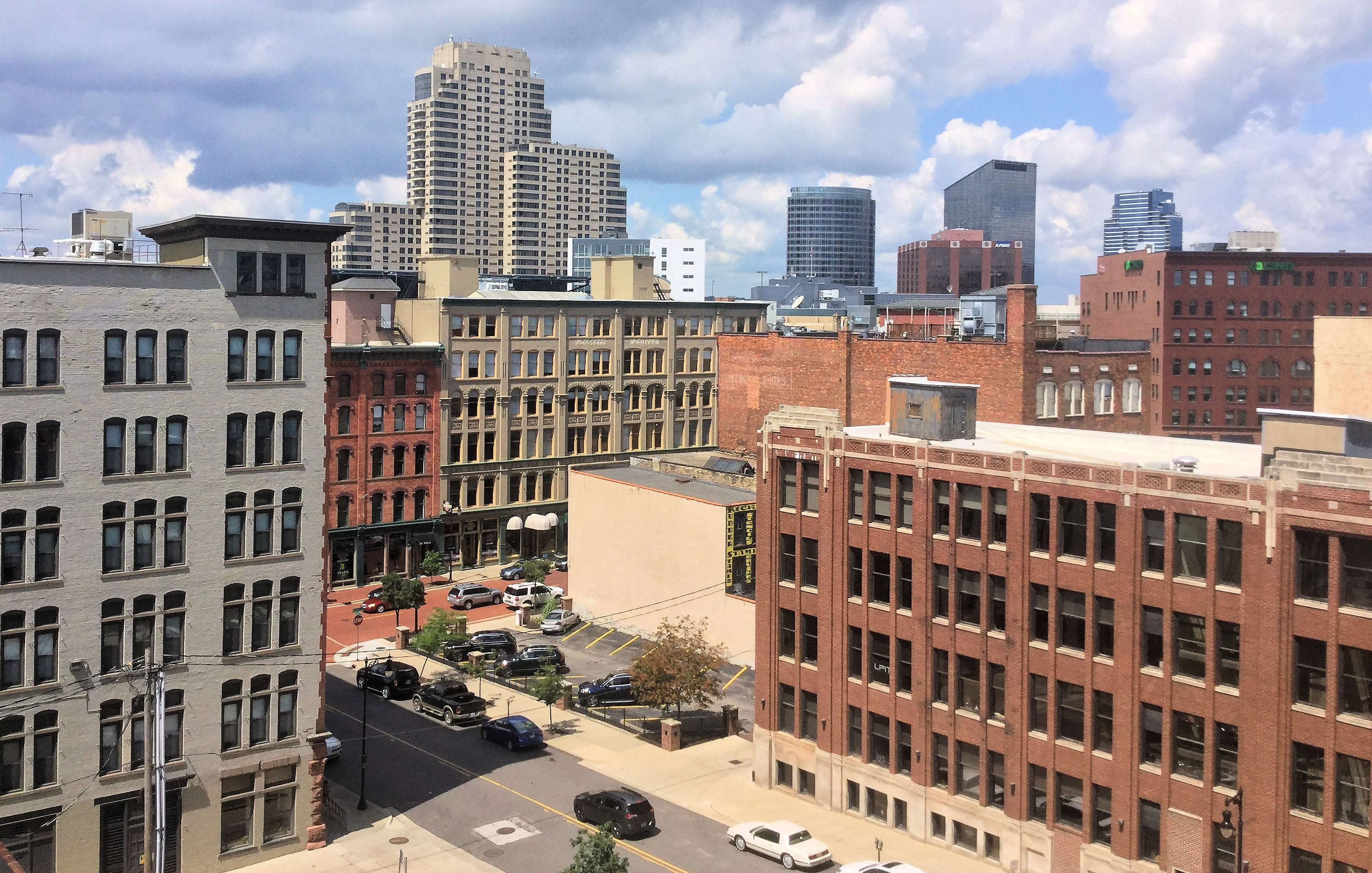 38 Commerce Apartments Penthouses In Downtown Grand Rapids Mi