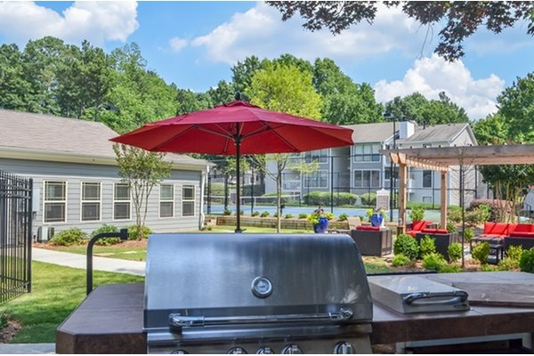 Woodland Hills, 3471 North Druid Hills Road, Georgia has Pool Side Grill