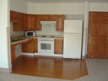 111 Maplewood Court 1 Bed Apartment for Rent Photo Gallery 1