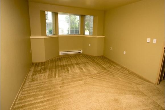 Capitol City Apartments 5800 Titleist Lane Se Lacey Wa
