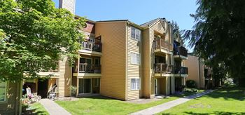 8600 18th Avenue West 1-3 Beds Apartment for Rent Photo Gallery 1