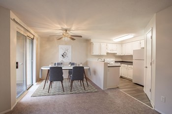 2220 NE Bridgecreek Avenue 1-2 Beds Apartment for Rent Photo Gallery 1