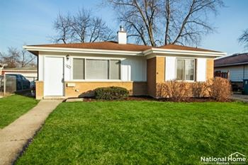 1355 Balmoral Ave. 3 Beds House for Rent Photo Gallery 1