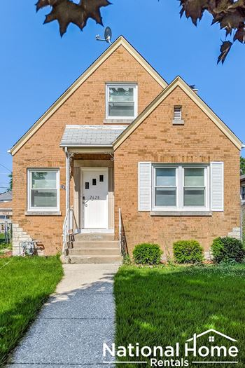 2628 N Spruce Street 4 Beds House for Rent Photo Gallery 1
