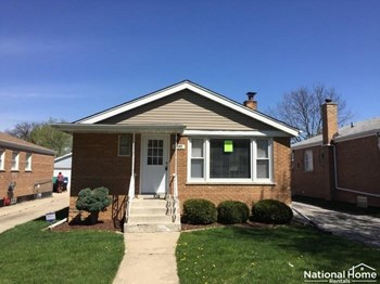 2640 W 94Th Pl 3 Beds House for Rent Photo Gallery 1
