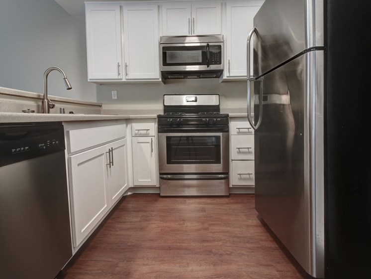 Stainless Steel appliances at Legends at Rancho Belago, Moreno Valley 92553
