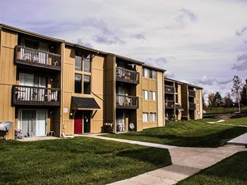 306 Milford Ct #17 1-2 Beds Apartment for Rent Photo Gallery 1