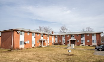 105 Stoddard Drive 1-3 Beds Apartment for Rent Photo Gallery 1