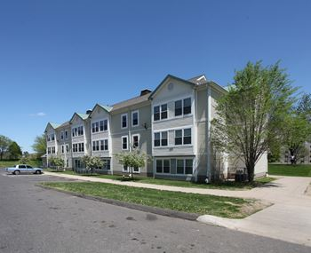 Apartments for Rent near Duffy School
