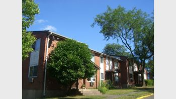 63 Stoneycrest Drive 1-3 Beds Apartment for Rent Photo Gallery 1