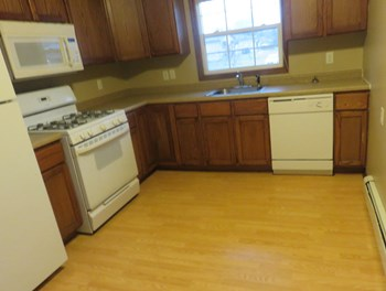 852 8Th Lane 1-2 Beds Apartment for Rent Photo Gallery 1
