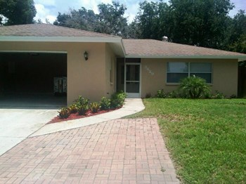 3629 Woodmont Drive 4 Beds House for Rent Photo Gallery 1