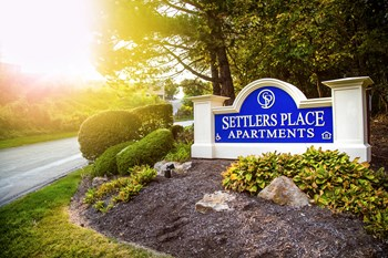 1600 Settlers Dr 1-2 Beds Apartment for Rent Photo Gallery 1