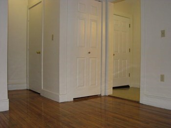 270-272 Pleasant St Studio-2 Beds Apartment for Rent Photo Gallery 1