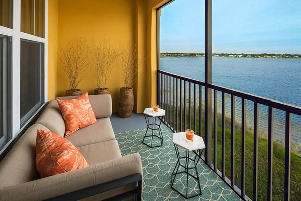 Private Balconies at Lake Vue, Orlando, FL 32819