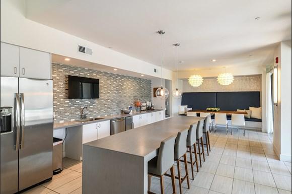 Nine 12 Gateway Apartments 912 Innovation Way Altamonte Springs Fl Rentcafe