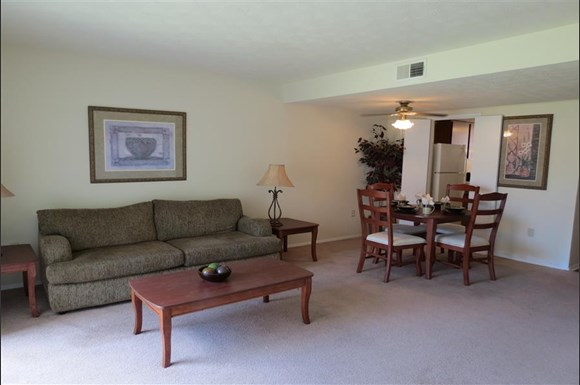 Windsor Arms Apartments 12409 Largo Drive Savannah Ga Rentcaf
