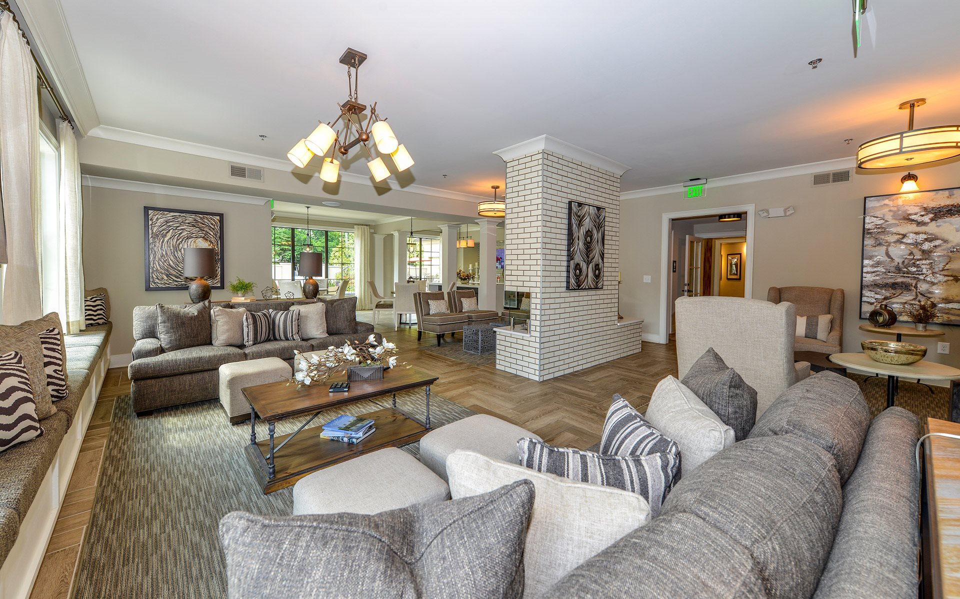 Residences At Chastain
